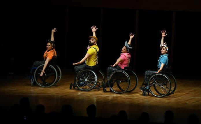 tekerlekli sandalyede dans 1