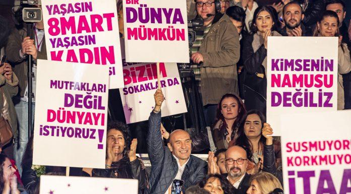 İzmirli Kadınlar tarihi çarşıda fenerlerle yürüdü