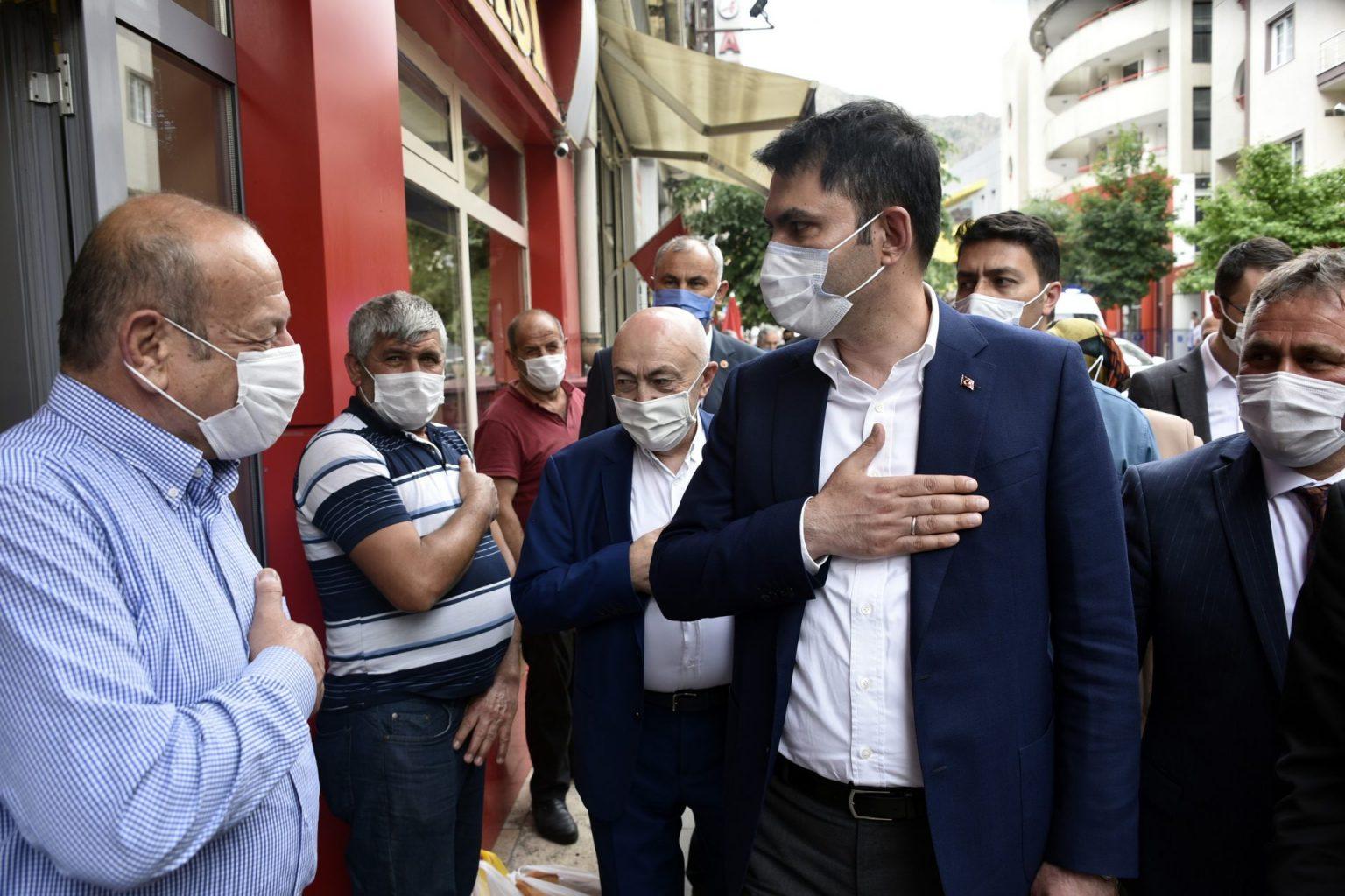 evre ve Şehircilik Bakanı Murat Kurum Gümüşhaneye çok sayıda projeleri hayata geçirecek müjdeler verdi 6