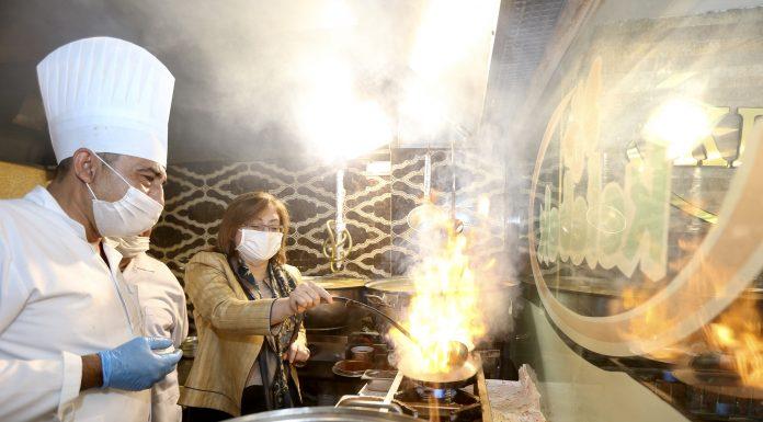 Gazi şehrin restoranları pandemiye karşı 'fıstık gibi' hazırlanıyor