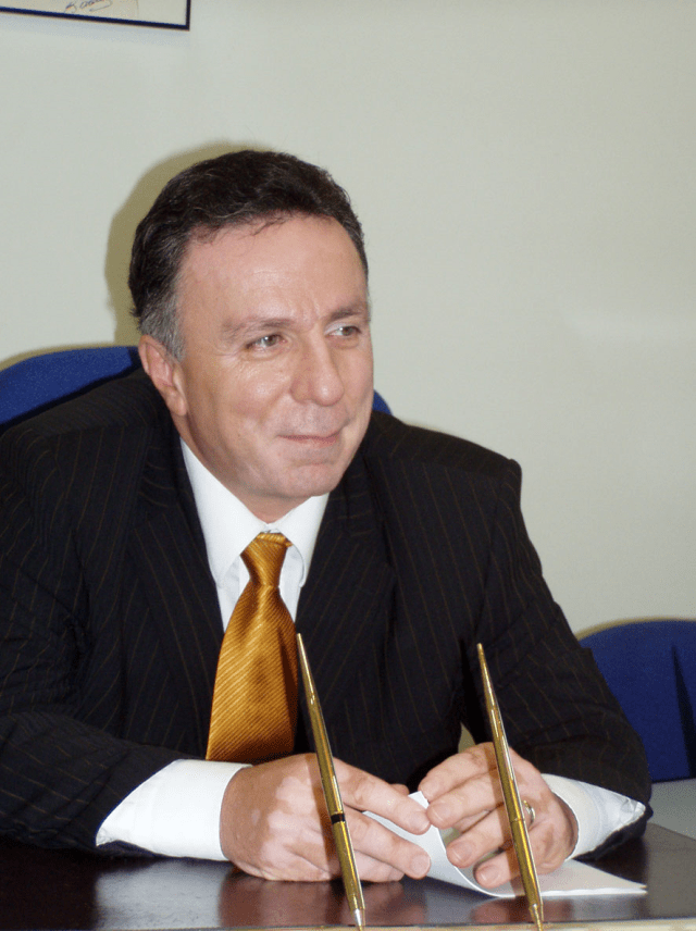 Merkez Valisi Doç. Dr. Yusuf Erbay