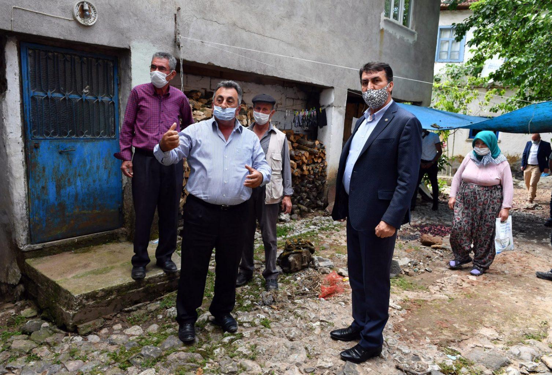 Başkan Dündar, Sel Mağdurlarının Yanında. ozelkalem.com.tr