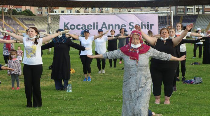 Yeni normalleşmeyle 100 anne stadyum indi