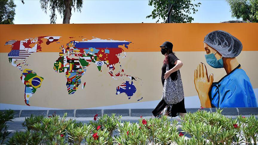 Sağlık çalışanlarını yansıtan grafiti çalışması