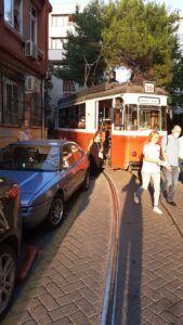 Hatalı park ulaşımı aksatıyor - ozelkalem.com.tr
