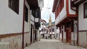 7 tarihi sokak turizme açılıyor
