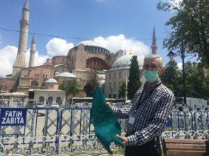 Ayasofya'ya ördek başı yeşili halı - ozelkalem.com.tr