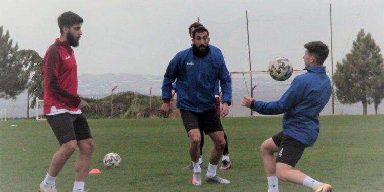 3. Lig'de 1. Grup temsilcisi Nevşehir Belediyespor, bir günlük iznin ardından Kızılcabölükspor müsabakası için hazırlıklara başladı.