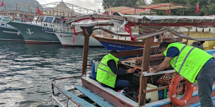 Şanlıurfa Büyükşehir Belediyesi, gezi teknelerine takip cihazı taktı