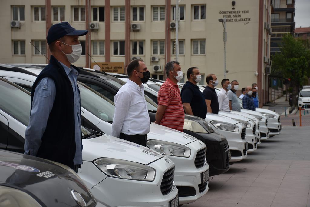 Şehzadeler Belediyesi'nden Vefa Grubu'na araç desteği