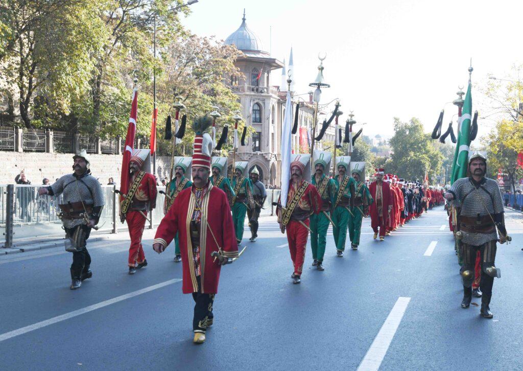 Ankara Büyükşehir, Başkent'te 19 Mayıs Atatürk'ü Anma Gençlik ve Spor Bayramı'na özel çeşitli program ve etkinlikler hazırladı.
