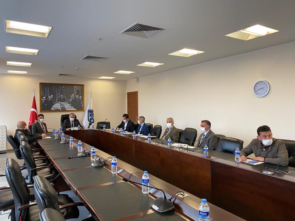 Ankara Büyükşehir Başkanı Mansur Yavaş'ın şeffaf yönetim ilkesiyle başlattığı canlı yayın uygulaması 2. yılına girdi. İki yılda 1420 ihale yayınlandı.