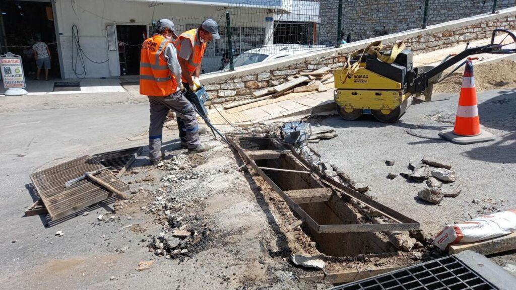 Bodrum Belediyesi tarafından su taşkınlarının önüne geçmek için başlatılan çalışmalar sokak sokak devam ediyor. İki yılda 9 bin metre hat döşendi.