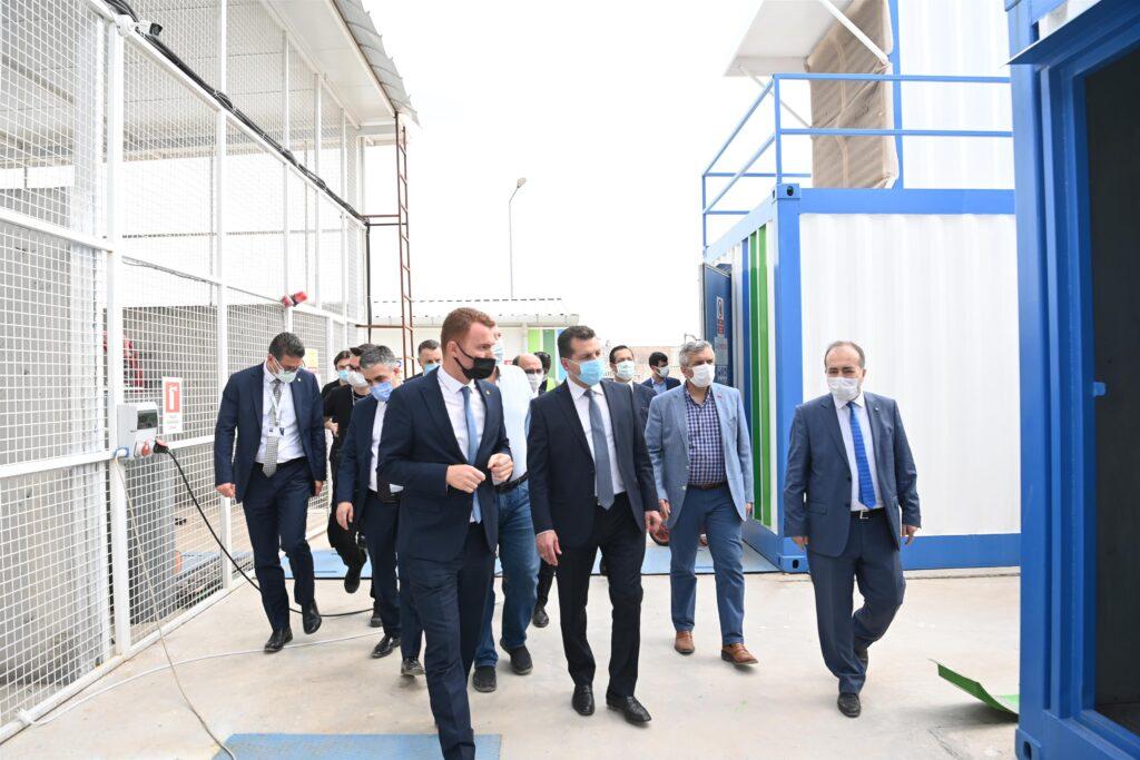Balıkesir Büyükşehir Belediye Başkanı Yücel Yılmaz, Milletvekili Yavuz Subaşı ile beraber Katı Atık Entegre Tesisi'ni ziyaret etti.