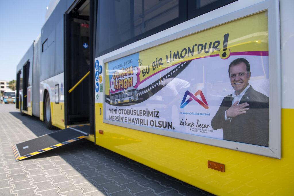 Mersin Büyükşehir'in şehir içi ulaşımı rahatlatmak ve kente daha çevreci otobüsler kazandırmak üzere aldığı 'Sarı Limonlar'ın üçüncü partisi de geldi.
