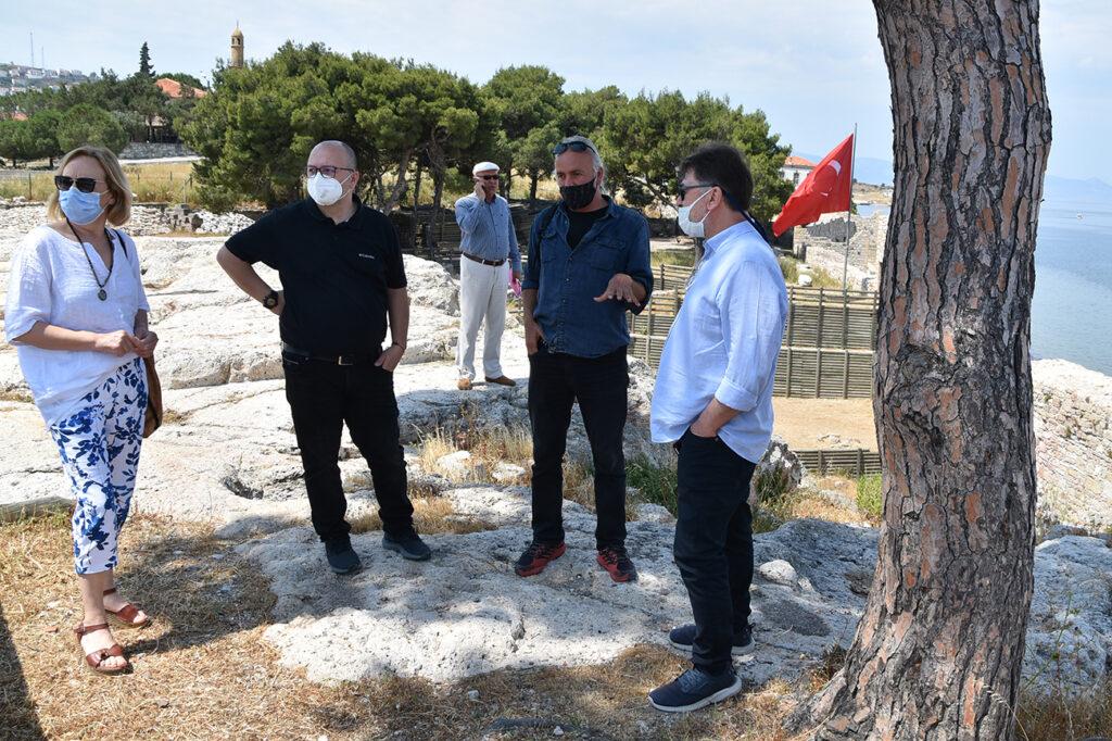 Cittaslow Türkiye Teknik Koordinatörü Bülent Köstem, Sakinşehir başvurusunda bulunan Foça'yı ziyaret etti.